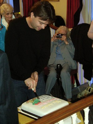 Edward Hall cuts the Twelfth Night cake