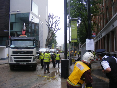 Second annual great flood of Tooley Street: burst water main causes havoc