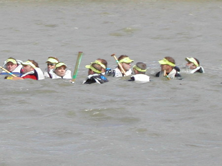 More than 100 people rescued from Thames during Great River Race