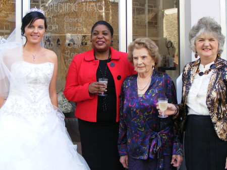 Wedding Wardrobe opens in Kennington Road