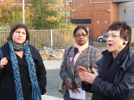 Baroness Ludford at Alfred Salter Playground