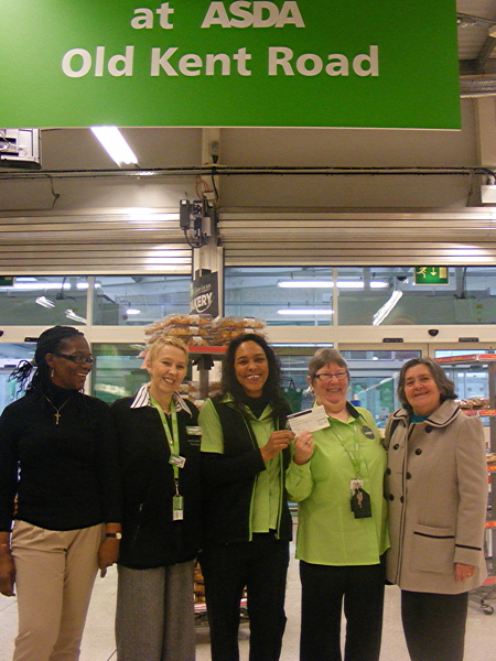 Asda Old Kent Road donates £500 to winter night shelter charity