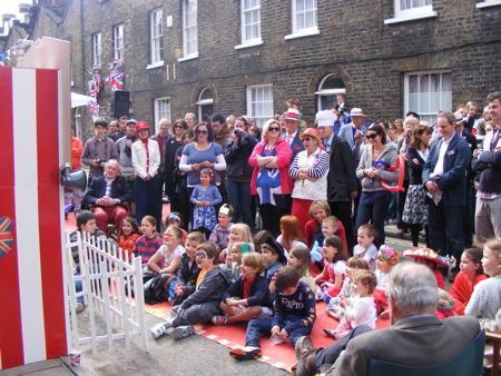 Queen's Diamond Jubilee Weekend in SE1: Monday 4 June 2012