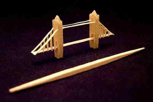Model of Tower Bridge created from single toothpick