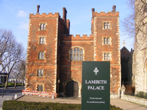 Lambeth Palace Garden: Archbishop extends public access