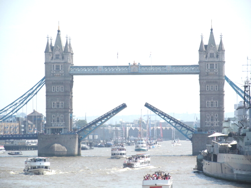 Passenger ferry could be provided during Tower Bridge closure