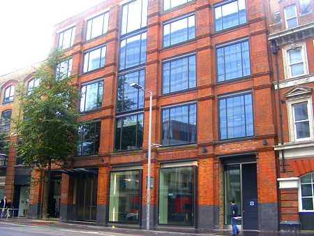 Council offers to host court hearings at Tooley Street HQ