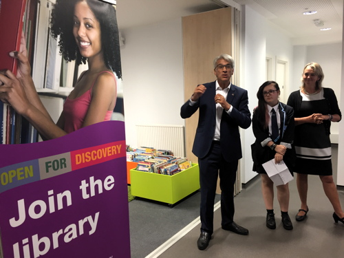 Waterloo Library: council leader opens temporary venue