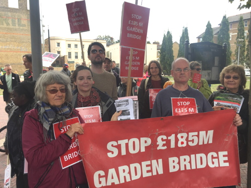 Garden Bridge campaigners join 'Stand Up to Lambeth' march
