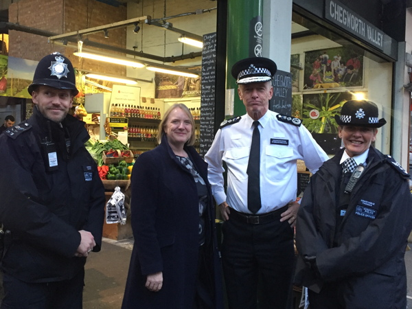 Met commissioner and deputy mayor go on patrol in Borough Market