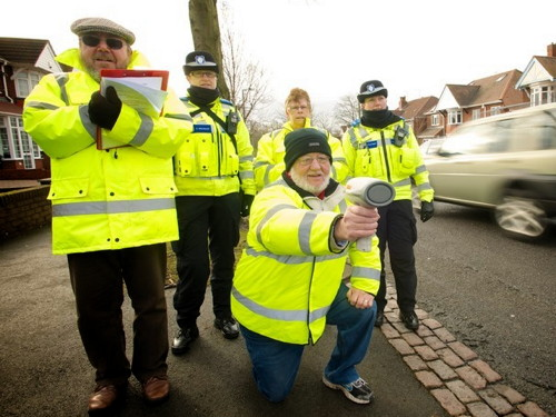 Grange Road and Long Lane: volunteers find 43 speeding motorists