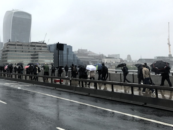 Blackfriars Bridge latest river crossing to get security barriers