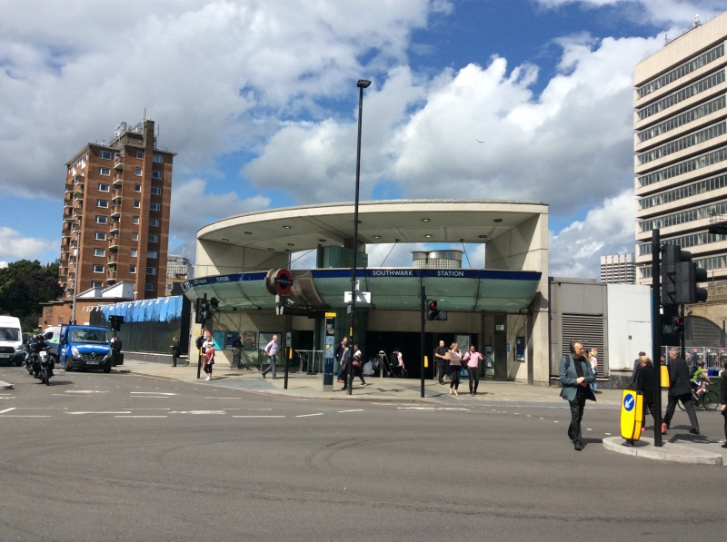 Architects call to save Southwark Underground Station