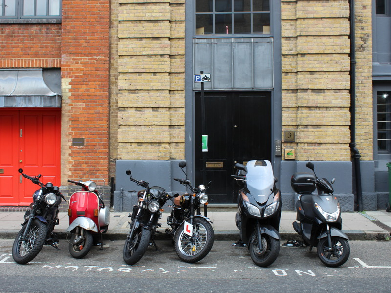 Tanner Street: council trials motorcycle anchors (again)