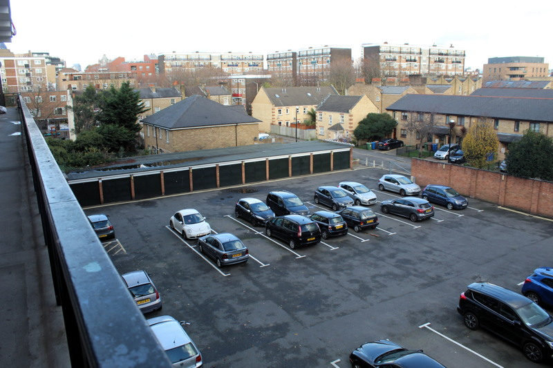 Woodville House car park
