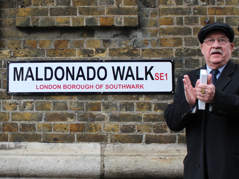 Maldonado Walk: alleyway renamed after Ecuadorian scientist