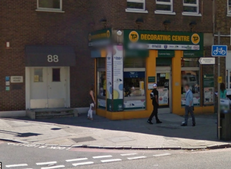Travis Perkins gives up Blackfriars Road shop 'due to cycle lane'