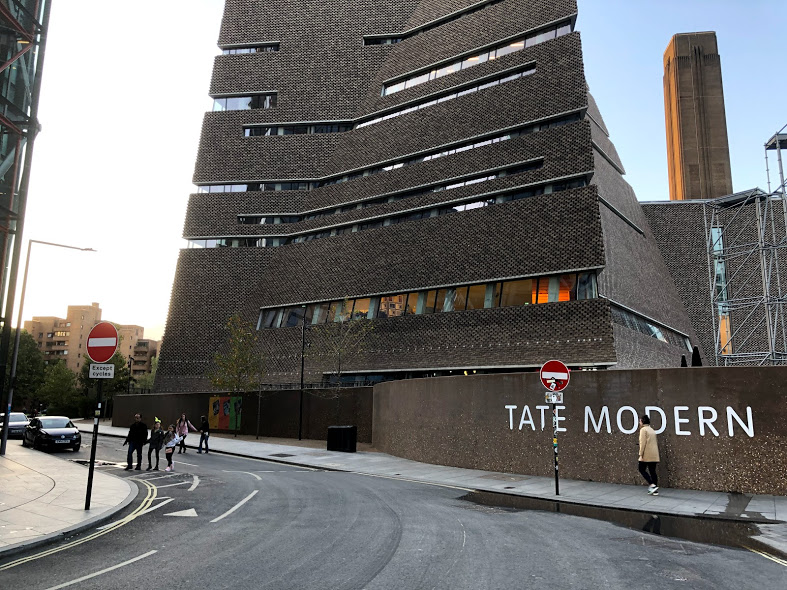 Sexual assault outside Tate Modern: police appeal for witnesses