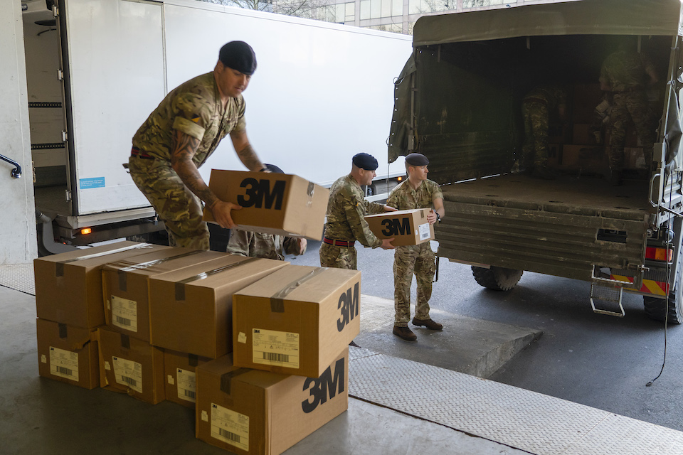 Army delivers PPE to St Thomas' Hospital