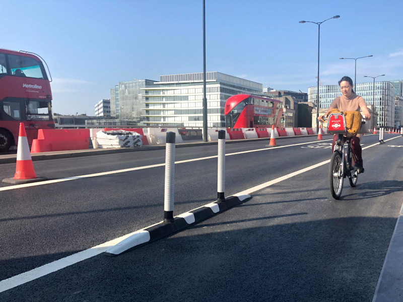London Bridge: cycle lanes introduced